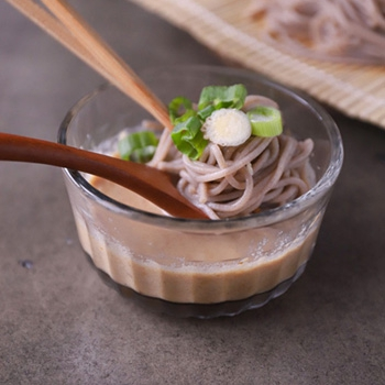 Chilled Soba Noodles with Walnut Dipping Sauce (Kumuri Soba)