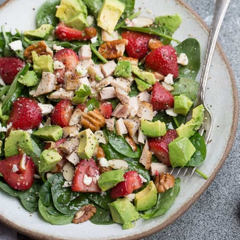 Strawberry Spinach Salad with Avocado & Chicken – Low Carb, Keto