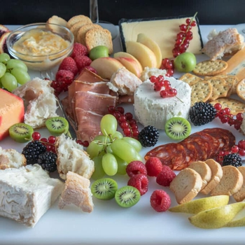 The Best Grazing Platter – Grazing Board