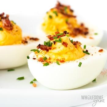 Easy Keto Deviled Eggs With Bacon