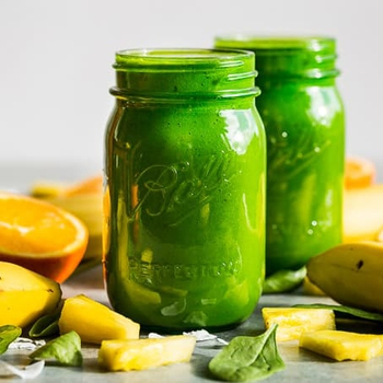 Superfood Tropical Green Smoothie