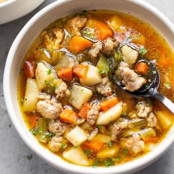 Simple Bratwurst Soup