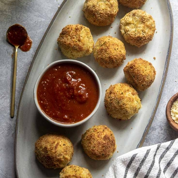 Air Fryer Arancini (Cheese Stuffed Rice Balls!)