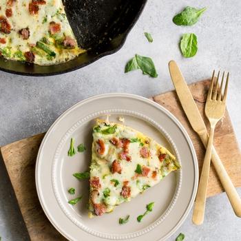 Keto Crustless Asparagus and Bacon Quiche
