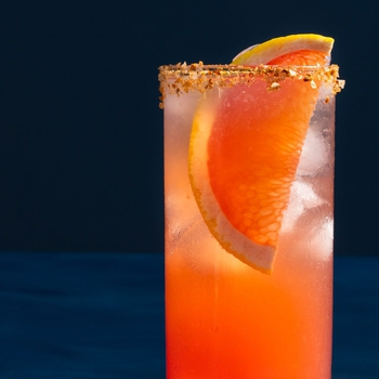 Pickle La Paloma Cocktail: fermented grapefruit soda
