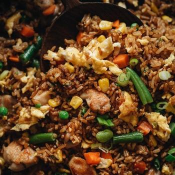 Chicken Fried Rice (鸡肉炒饭)