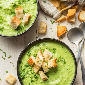 Fresh Pea Soup with Herbs