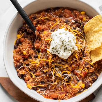 Easy Quinoa Chili