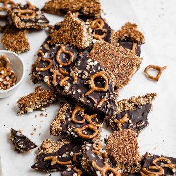Pretzel Peanut Butter Quinoa Bark