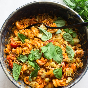 Roasted Red Pepper Pasta Salad with Tomatoes, Basil and Walnuts
