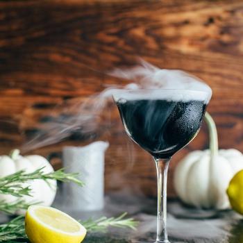 Midnight Fog, a Halloween Cocktail