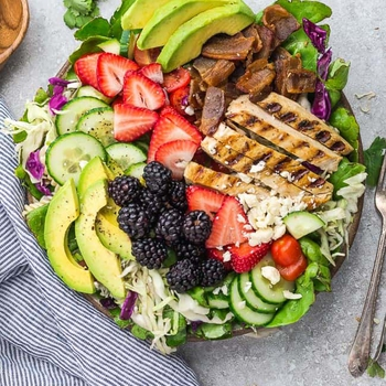 Berry Grilled Chicken Salad