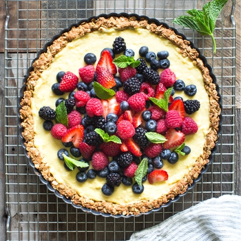 Almond, Oat and Berry Tart Recipe